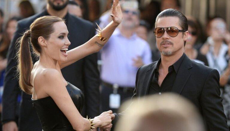 СМИ: Брэд Питт запретил Анджелине Джоли усыновлять трех сирийских сирот