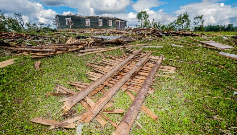 'Viss notika pusotras minūtes laikā.' Viesos Balvu un Rugāju novadā izpostītajās saimniecībās