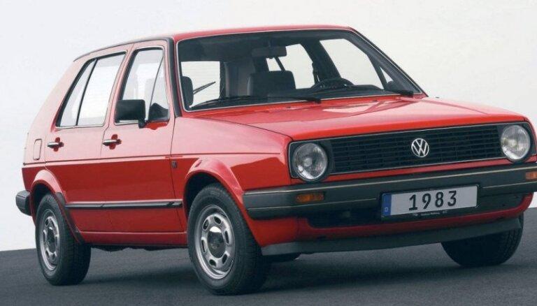 Латвийцы активнее покупают подержанные авто: лидер продаж - Volkswagen