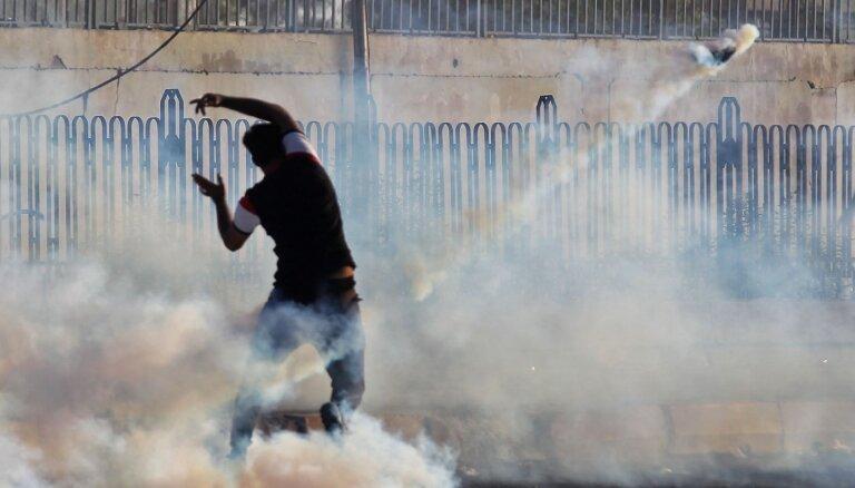 Irānas atbalstīti snaiperi iesaistījušies protestu izklīdināšanā Irākā, ziņo medijs