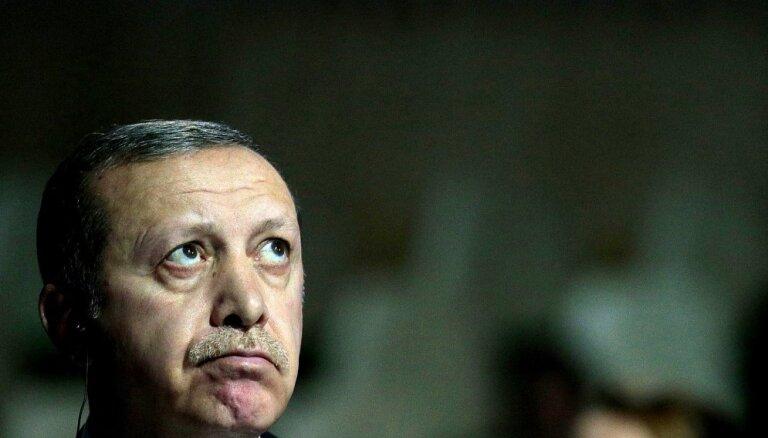 Турция погружается в валютный кризис: лира рухнула после угроз Эрдогана