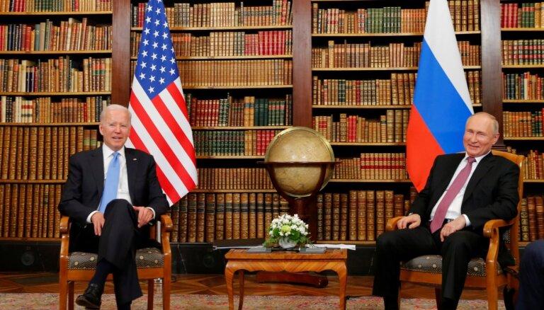 Ženēvas samits: Putins sarunas nosauc par konstruktīvām; Baidens sola nepieļaut Maskavas iejaukšanos ASV demokrātijā