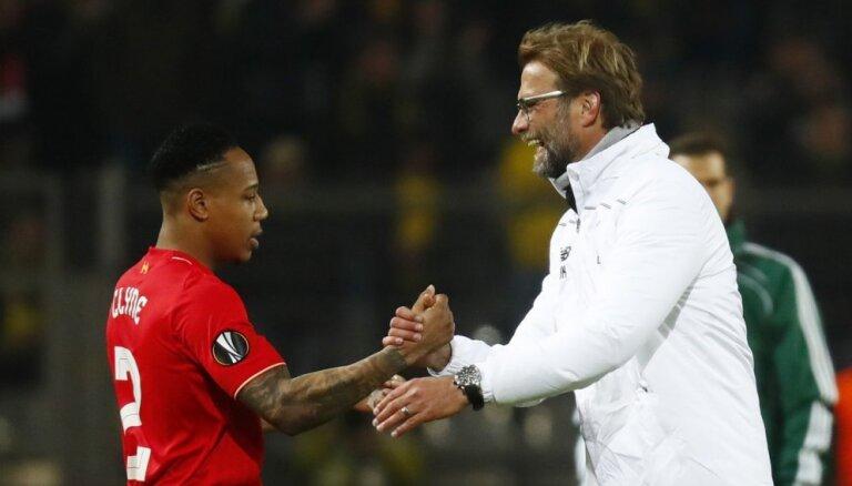 Dortmundes 'Borussia' nospēlē neizšķirti ar Klopa vadīto 'Liverpool'
