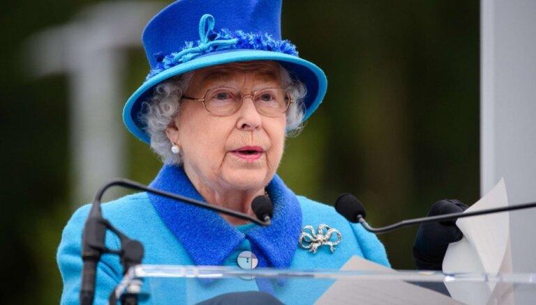 Расшатали. Какие территории может потерять британская королева: Шотландия, Северная Ирландия, Гибралтар?