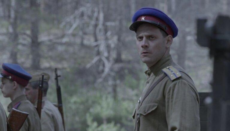 Savā ziņā viņš ir karjerists. Aktieris Pāvels Griškovs par savu varoni seriālā 'Sarkanais mežs'