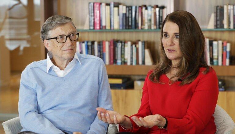 Pēc 27 gadiem laulībā no sievas šķiras miljardieris Bils Geitss