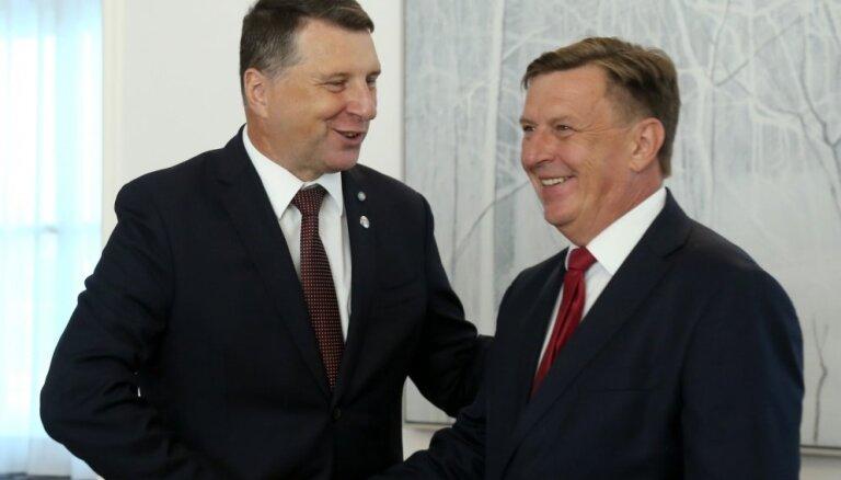 Вейонис поддерживает идею о расширении полномочий президента Латвии и премьера