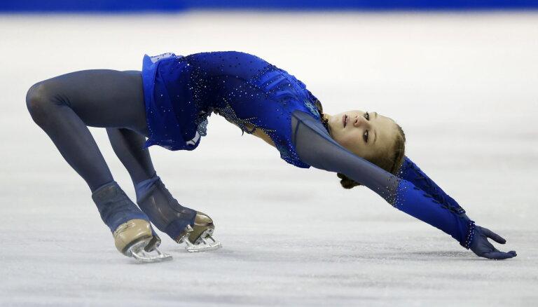 Разорвала четверными: 15-летняя фигуристка Трусова победила в Канаде с двумя мировыми рекордами