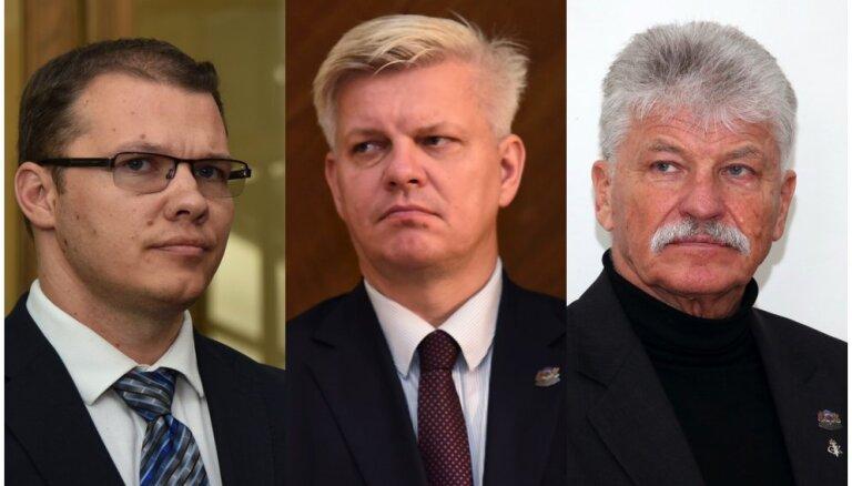 Дзинтарс написал жалобу на депутата Сполитиса, показавшего члену Нацблока обидный знак