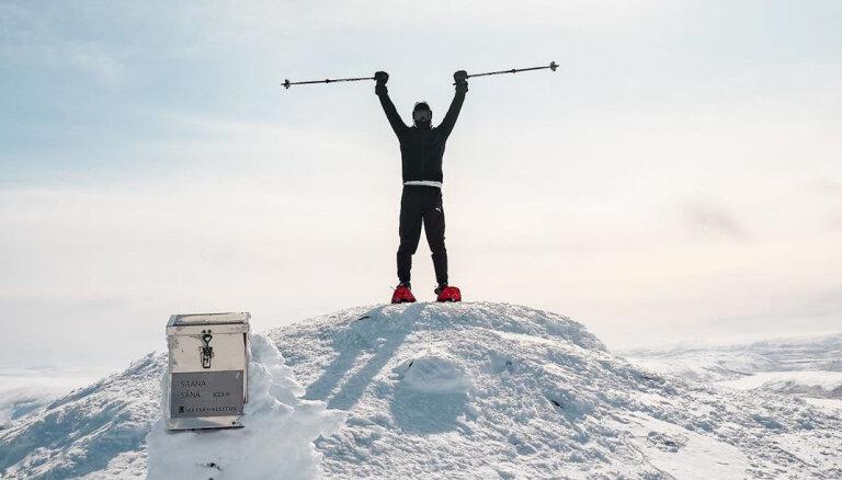 F-1 pilots Botass dodas pārgājienos un trenējas 'arktiskajā treniņnometnē'