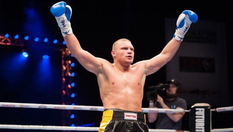 Latvijas bokseris Bolotņiks cīnīsies par Eirāzijas Boksa federācijas titulu