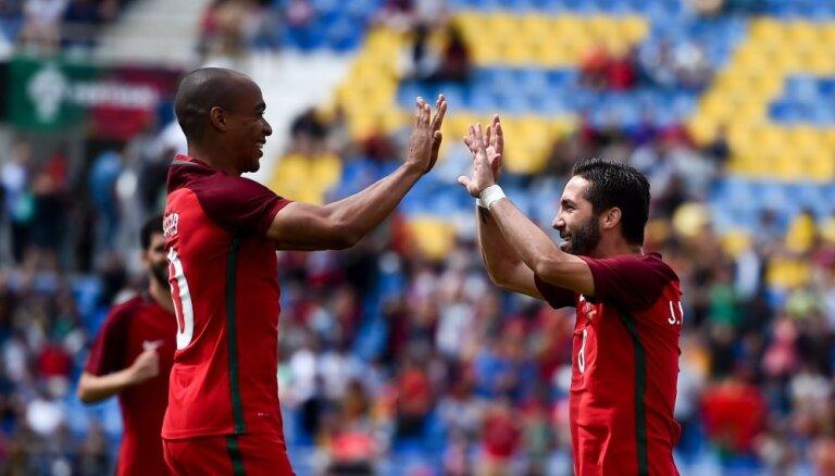 ВИДЕО: Перед игрой в Риге Португалия без Роналду легко справилась с Кипром