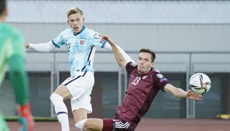 Latvijas futbola izlase nespēj pretoties Norvēģijas valstsvienībai