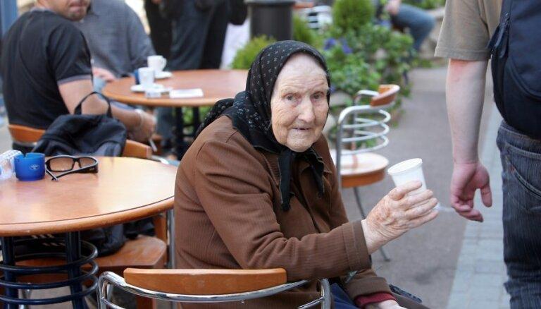 Пенсионный возраст будут повышать до 2025 года, коалиция согласилась с ЦС