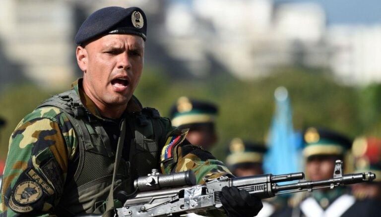 ASV gatavas atcelt sankcijas Venecuēlas virsniekiem, kas atbalstītu Gvaido