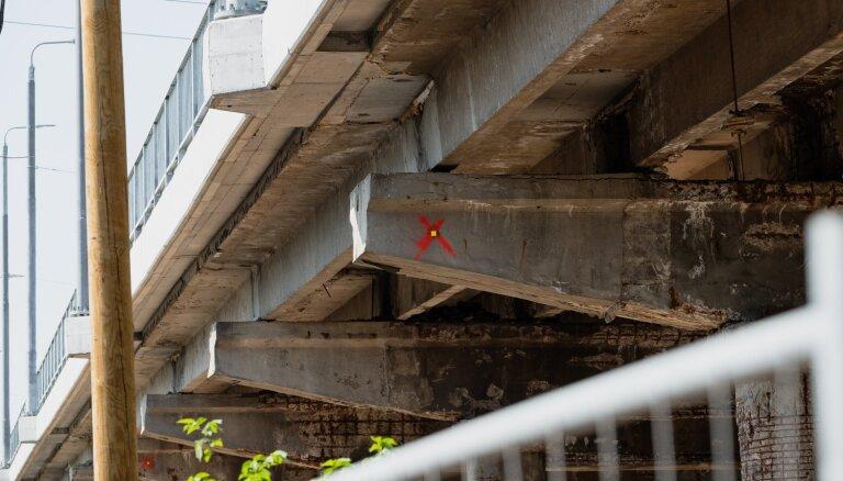 На Деглавском мосту изменится организация движения