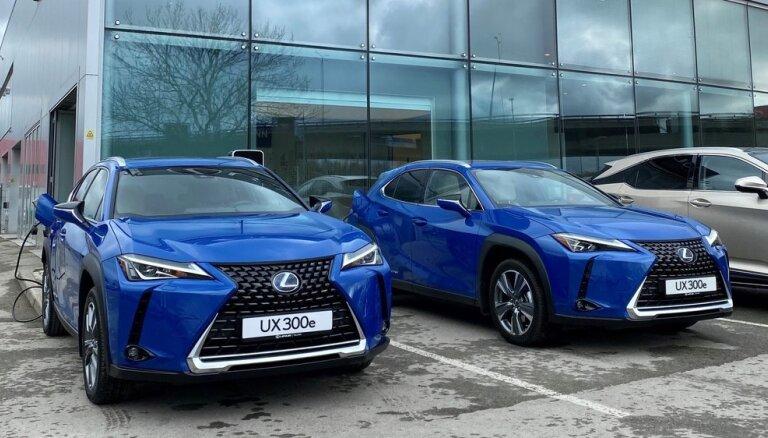 Latvijā ieradies 'Lexus' pirmais pilnībā elektriskais modelis 'UX 300e'