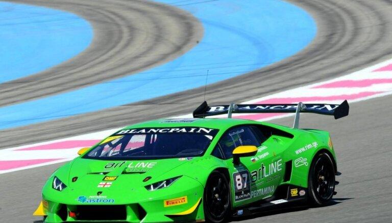 Šlēgelmilham trešā un ceturtā vieta 'Lamborghini' seriāla sezonas pirmajā posmā