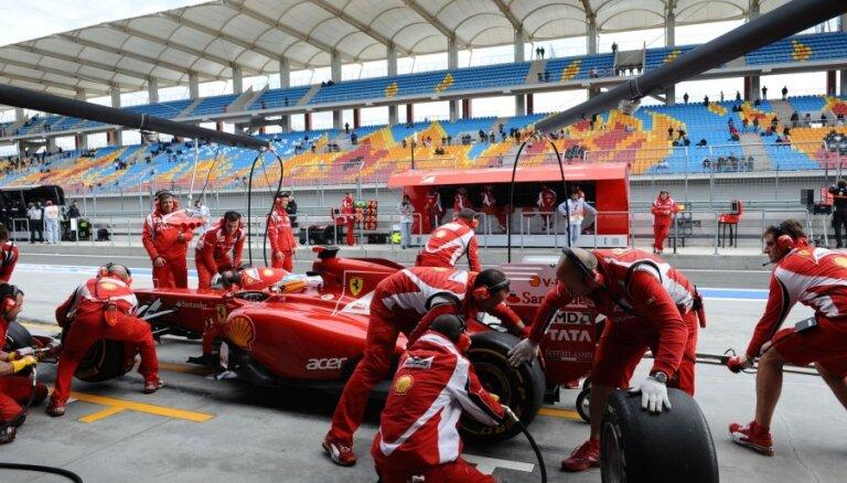 Atklāts 'Ferrari' ļoti ātro pitstopu noslēpums