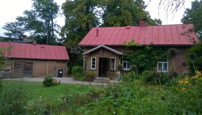Atjaunotais šarms deviņu pakalnu pilsētas centrā – Ošu villas atdzimšanas stāsts