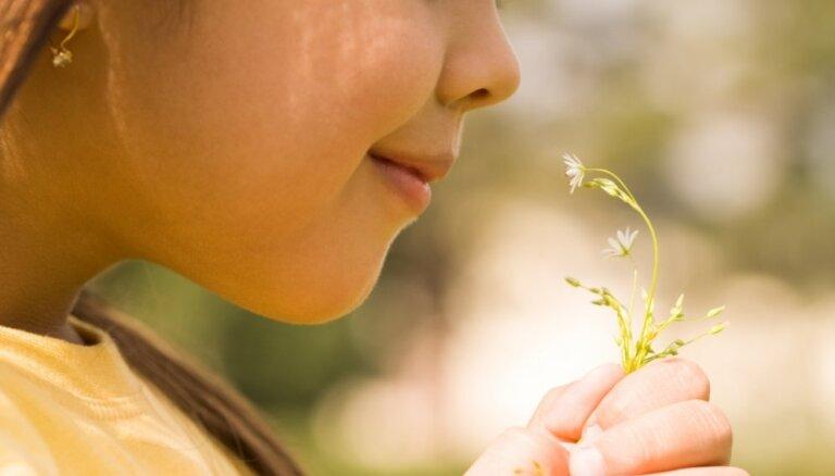 Kļūstot vecākam, mēdz parādīties jaunas alerģijas. Kā sevi laikus pasargāt?