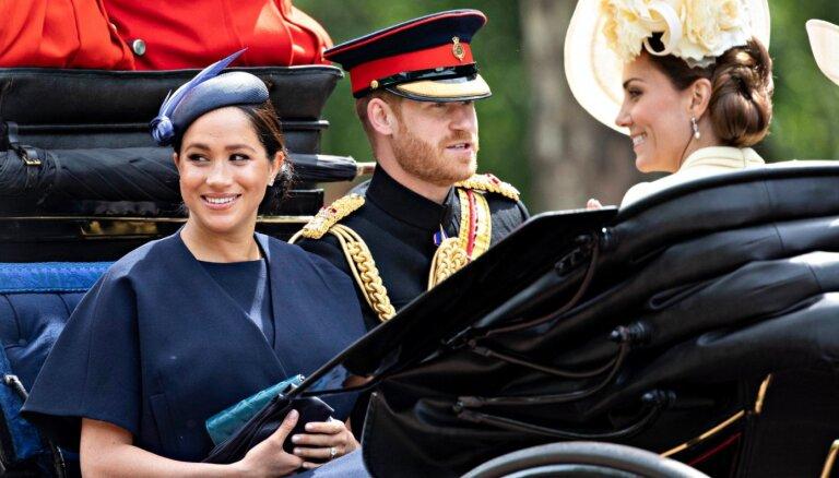 Hercogiene Katrīna esot rekomendējusi princim Harijam neprecēt Meganu