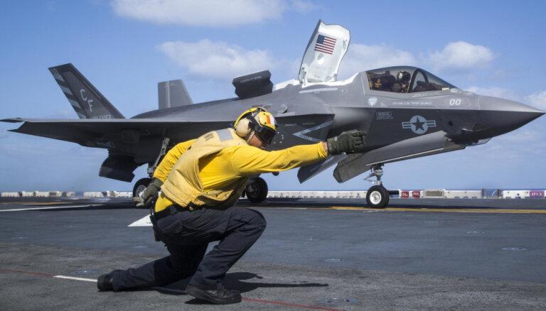 ASV neturpinās apmācīt turku F-35 pilotus