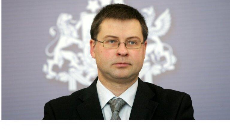 Глава группы ЕНП в ЕП: Домбровскис — хороший кандидат в председатели ЕК