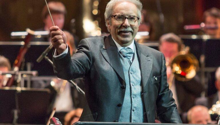 LNO notiks maestro Aleksandra Viļumaņa koncerts