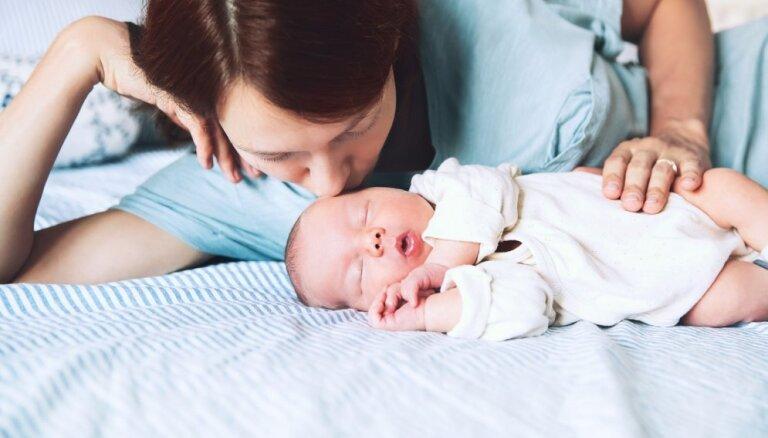 В первом квартале в Латвии родилось на 6,8% детей меньше