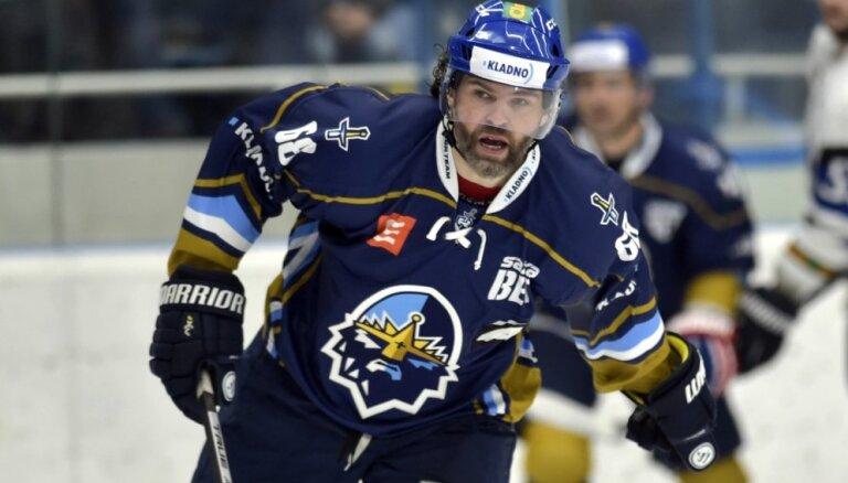 47 gadus vecais Jāgrs atgriezies hokeja laukumā
