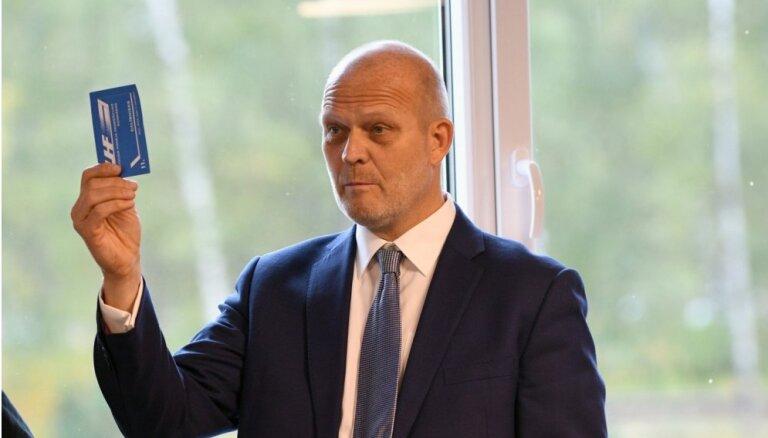 Козиолс: не осуждаю Бартулиса, но двери в сборную Латвии для него навсегда закрыты