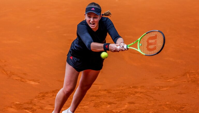 Ostapenko sāk 'French Open' ar spēli pret vienu no favorītēm Keninu
