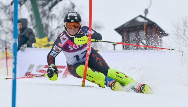 Latvijas kausu kalnu slēpošanā ar uzvarām noslēdz Āboltiņa un Gedra