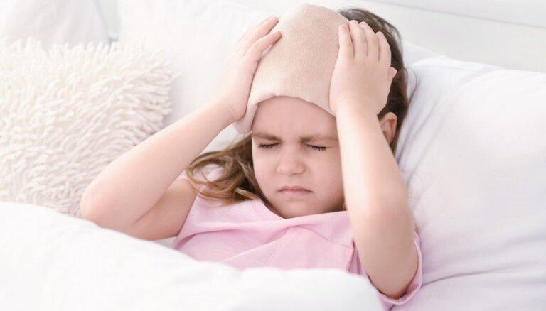 Bērnu slimnīcā vecākus lekcijās izglītos par augšējo elpceļu saslimšanām, aptaukošanos un sāpēm bērniem