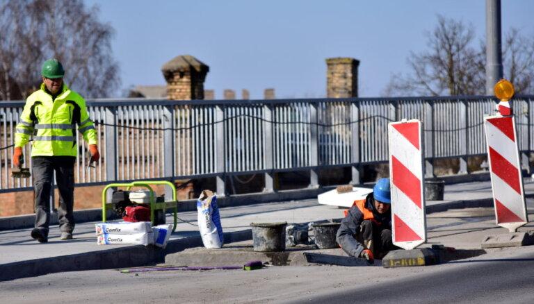 Деглавский мост будет закрыт до тех пор, пока BVKB не убедится в его безопасности