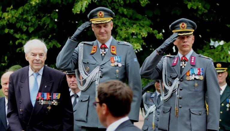 Leons Stiprais: Pieminot mūžībā aizgājušo pēdējo Mannerheima krusta kavalieri
