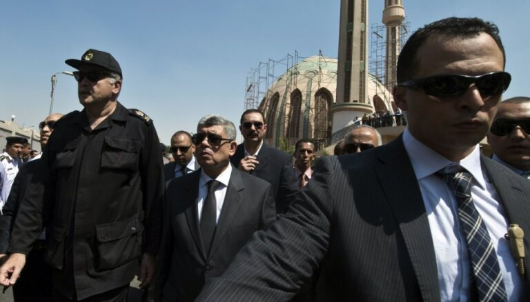 Ēģiptes iekšlietu ministrs izdzīvo atentāta mēģinājumā