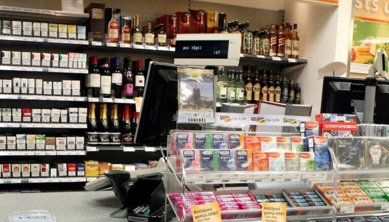 Parādnieks atsauc priekšlikumu par alkohola tirgošanas aizliegšanu benzīntankos