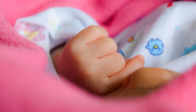 Aicina uz pasākumu par attiecībām pēc bērna piedzimšanas