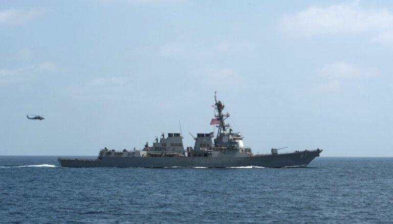 """В Черное море зашел американский десантный корабль """"Форт-Макгенри"""""""