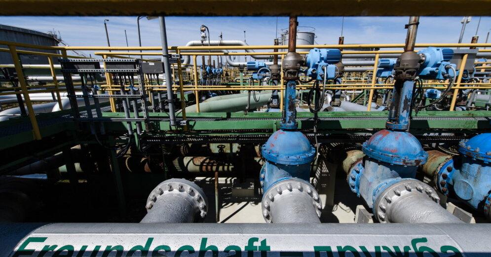 """Беларусь начала забирать техническую нефть из """"Дружбы"""" и объясняет это """"отсутствием прежних объемов поставок"""""""