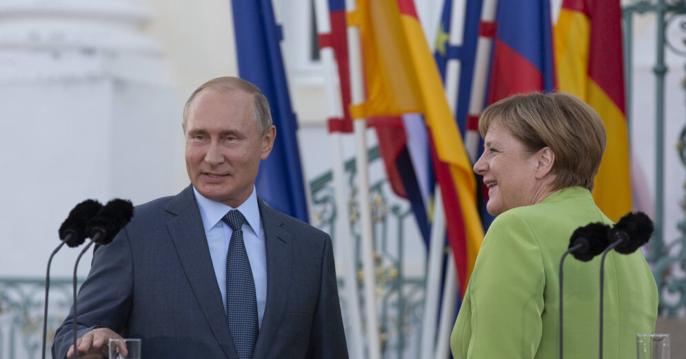 ОБОБЩЕНИЕ - Путин и Меркель три часа сверяли часы по главным вопросам