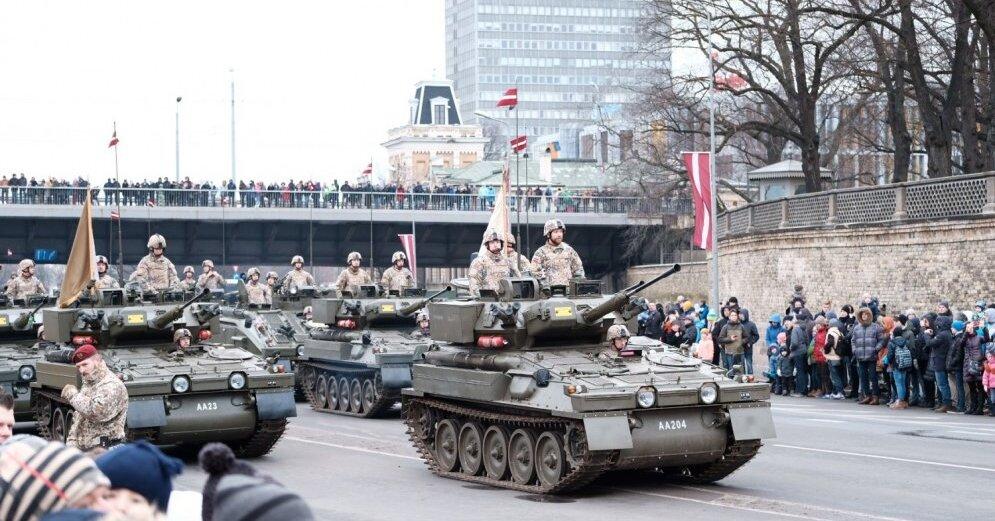В Риге прошел военный парад: кто в нем принял участие? (Delfi, Латвия)