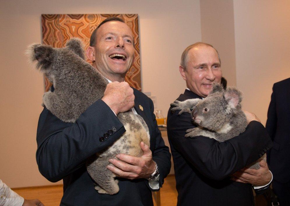 Putinam – 63: kā viņš izskatās kopā ar dažādiem zvēriem