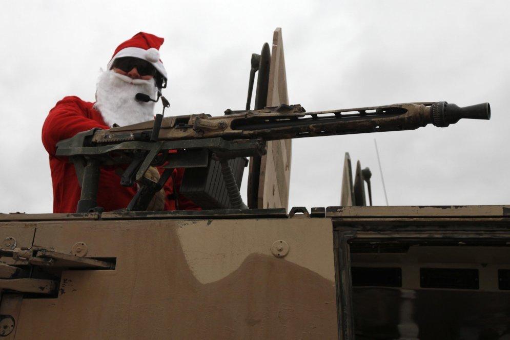 Дед мороз с военными картинки