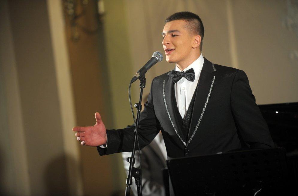 Dzintaram Čīčam 23: Kā agrāk populārais dziedātājs mainījies