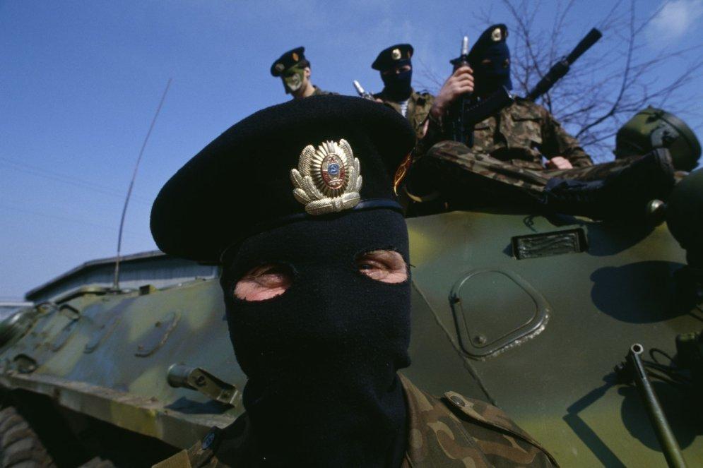 Arhīva foto: Melno berešu treniņdiena Rīgā 1991. gadā